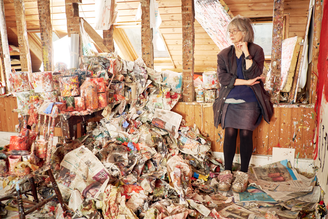 Rose Wylie in ihrem Atelier, Foto: Joe McGorty